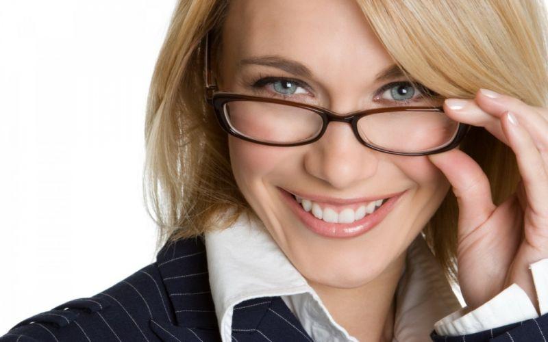 babe glasses business wallpaper
