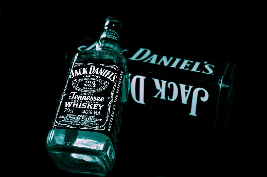Jack Daniel's Alcohol Black wallpaper