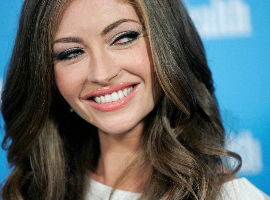 women actress Rebecca Gayheart wallpaper