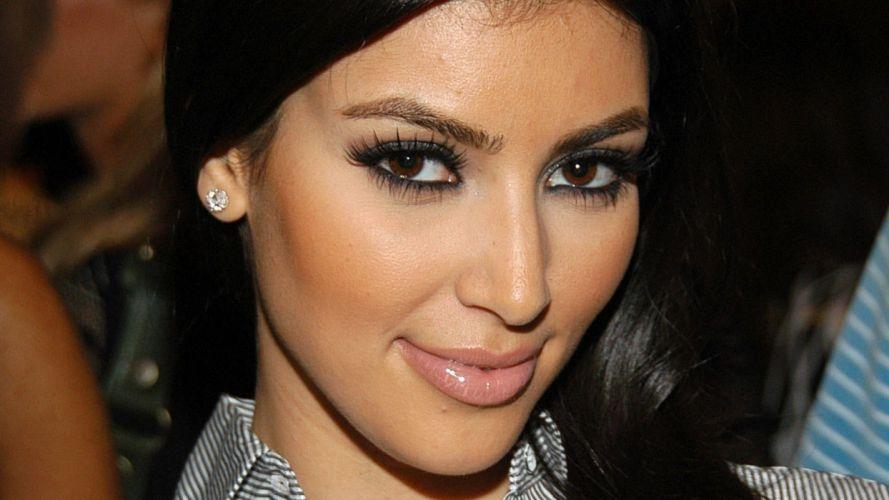 women Kim Kardashian wallpaper