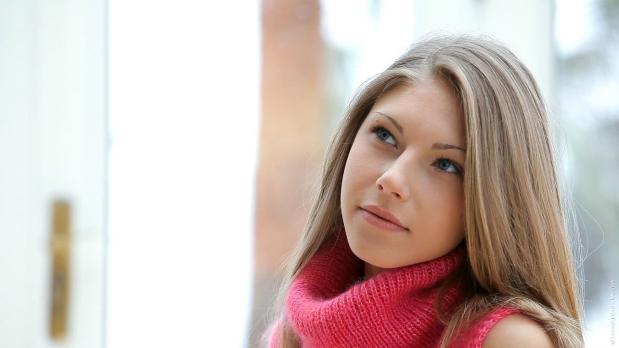 brunettes women close-up faces Krystal Boyd wallpaper