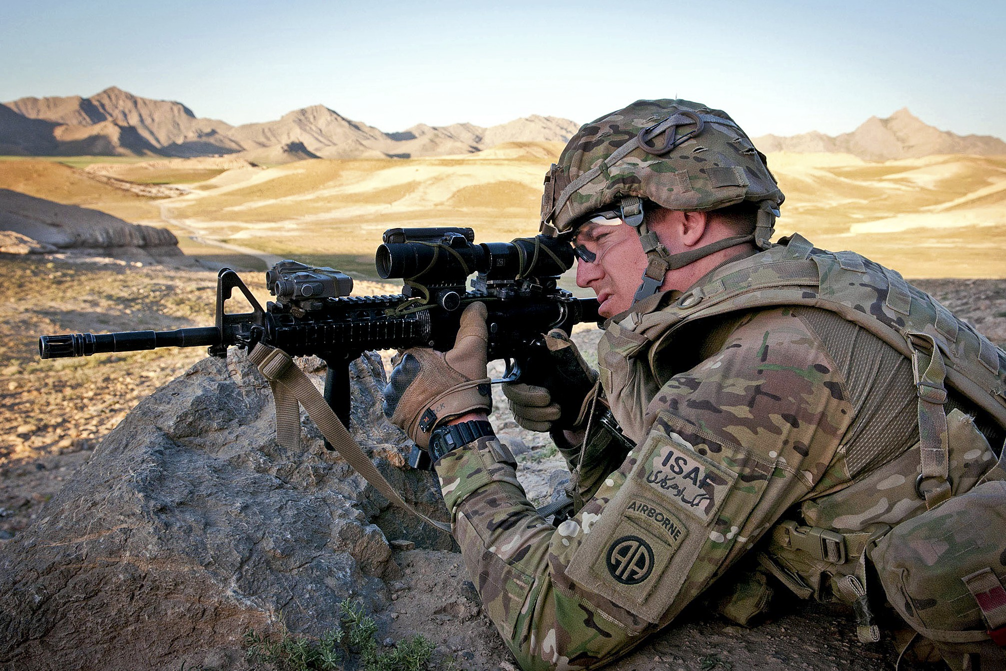 USA Afghanistan M4A1 Multicam Aimpoint comp m4 wallpaper backgroundParatrooper Wallpaper