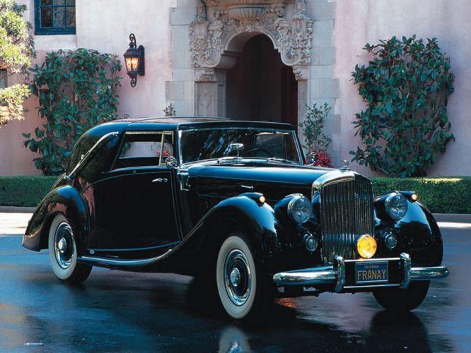 Bentley Vintage Car wallpaper