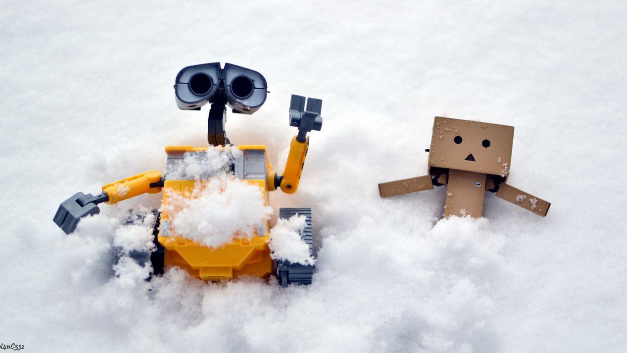 Danbo Wall-E Snow Winter wallpaper