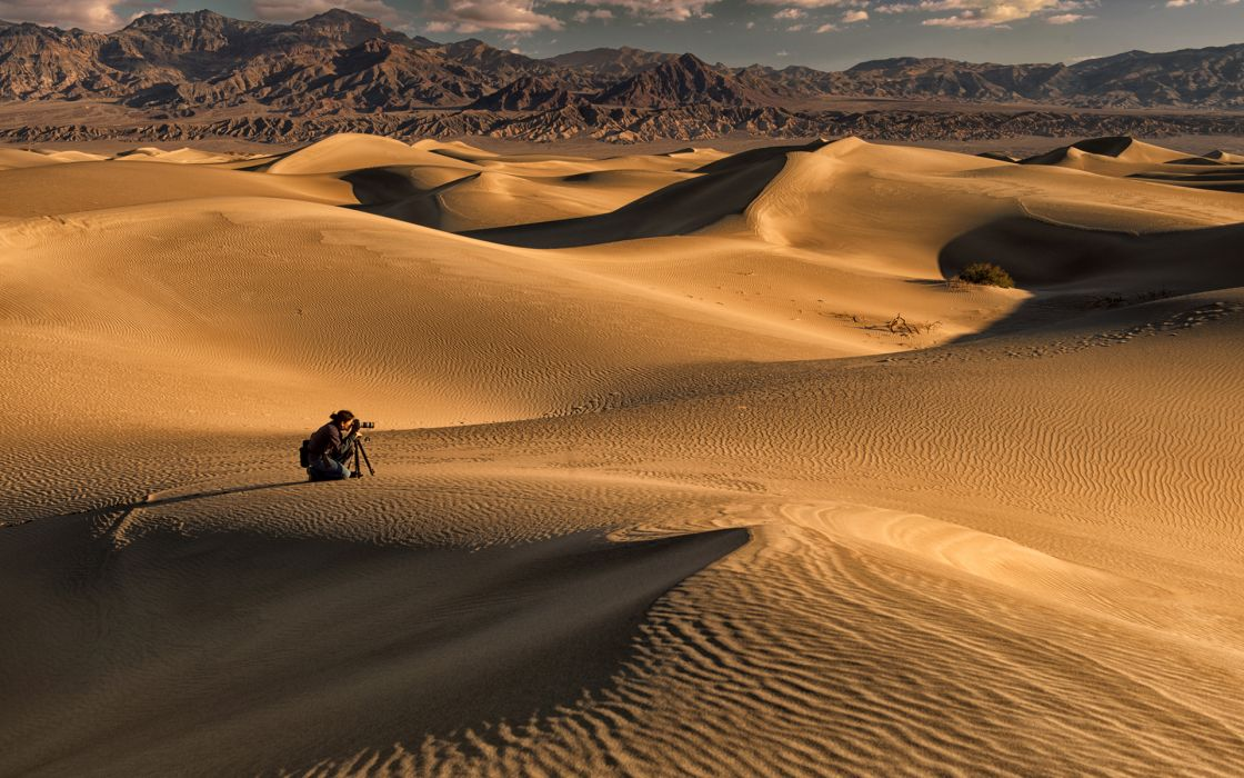 Photographer Desert Landscape wallpaper
