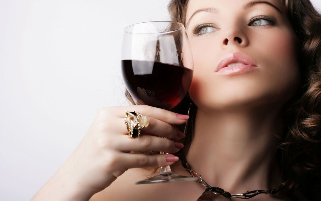 red wine and beautiful girl wallpaper