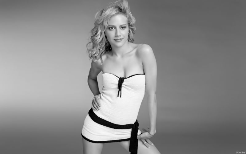 Brittany Murphy actress women females girls sexy babes wallpaper