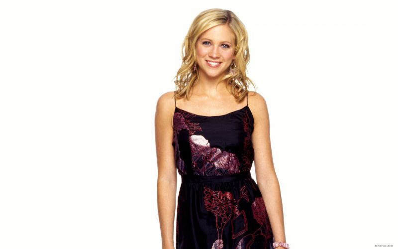 Brittany Snow blondes actress women females girls babes sexy wallpaper