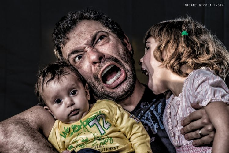 dad father children kids things parenting scream pout girl boy wallpaper