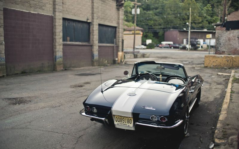Chevrolet Corvette Classic Car wallpaper