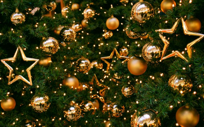 tree new year toys stars balls christmas wallpaper