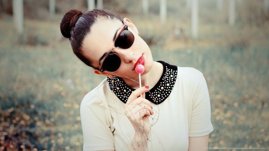 Brunette Sucker Sunglasses wallpaper