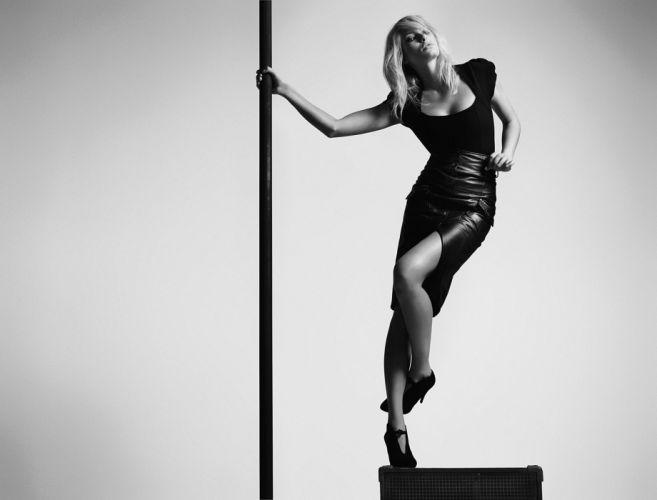 Jessica Hart blonde model women females girls fashion black white monochrome f wallpaper