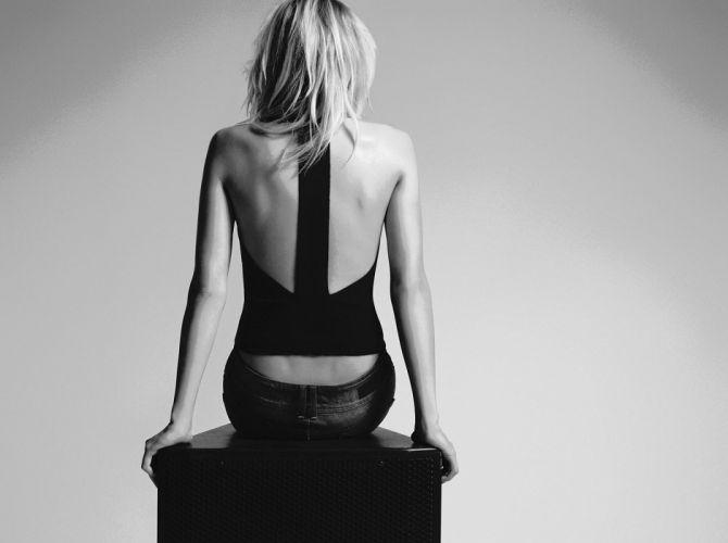 Jessica Hart blonde model women females girls fashion black white monochrome n wallpaper