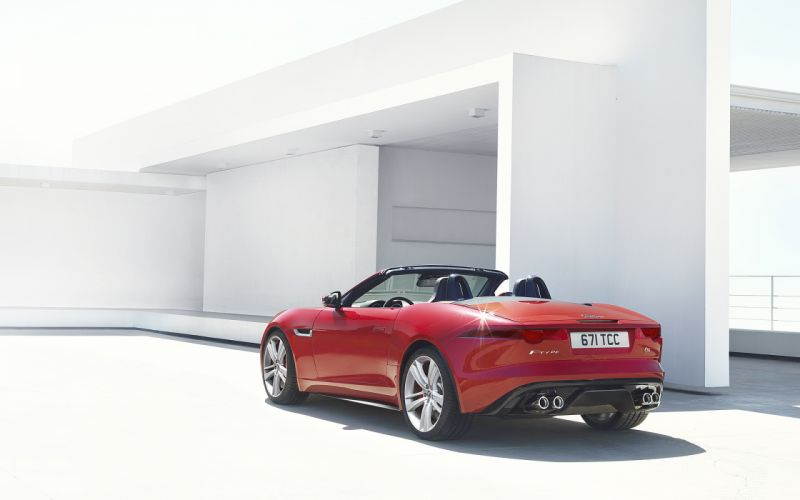 2014 Jaguar F-Type w wallpaper