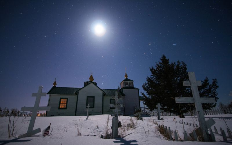 Cemetery Moonlight Stars Night House Snow Winter Cross dark wallpaper