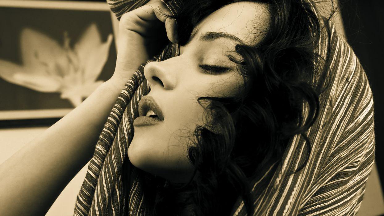 Katie Fey Brunette Face BW sepia black white wallpaper