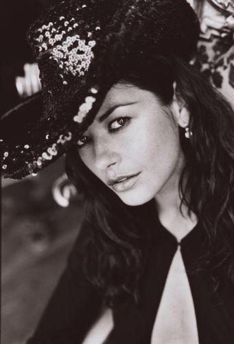 women actress Catherine Zeta Jones wallpaper