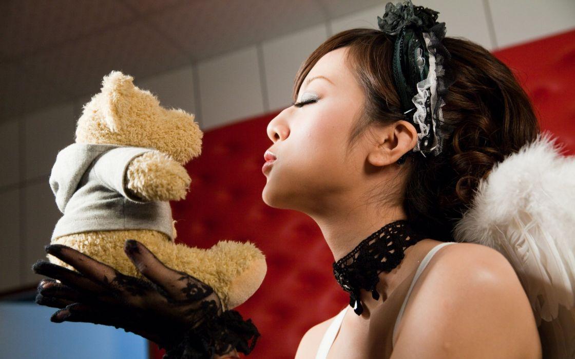 women closed eyes teddy bears wallpaper