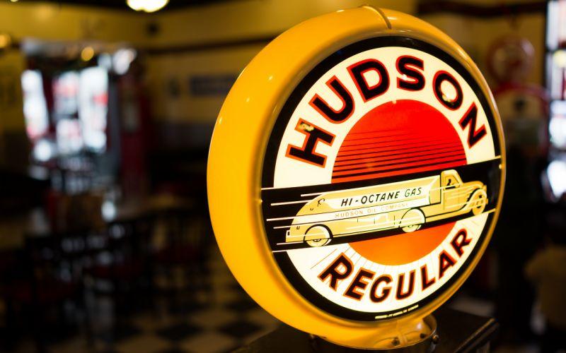Hudson Gas Pump wallpaper