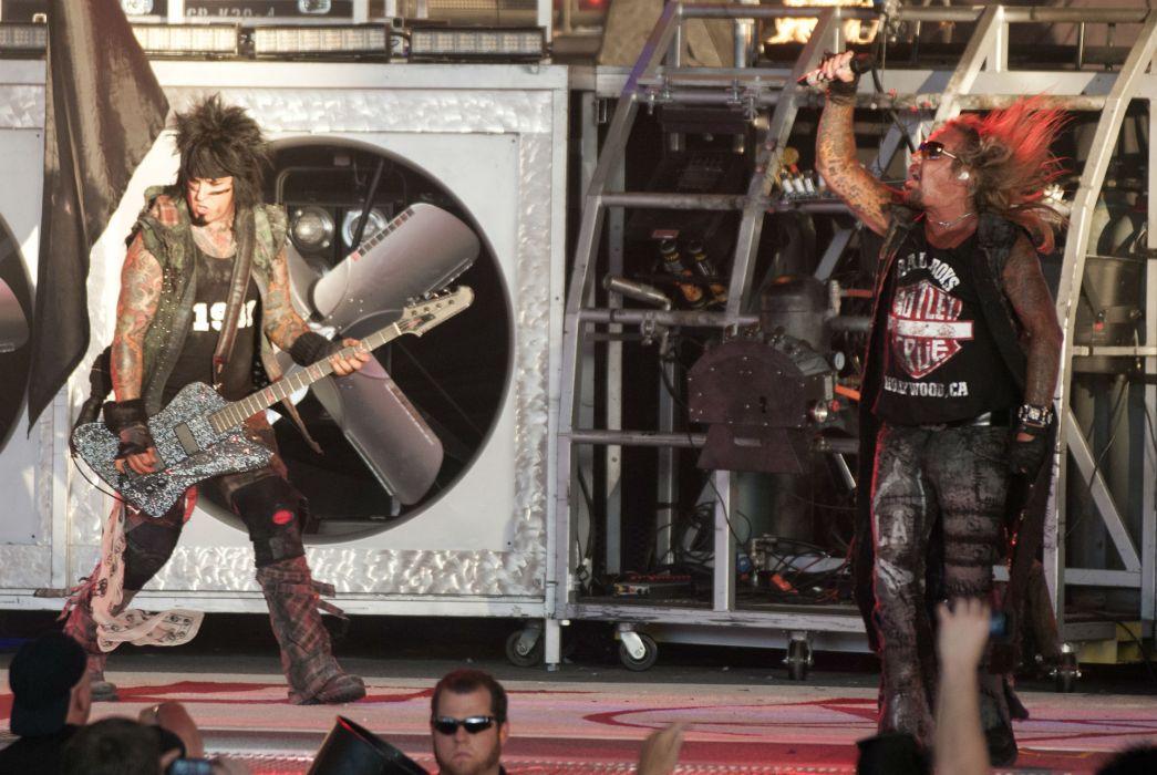 Motley Crue heavy metal rock bands concert    f wallpaper