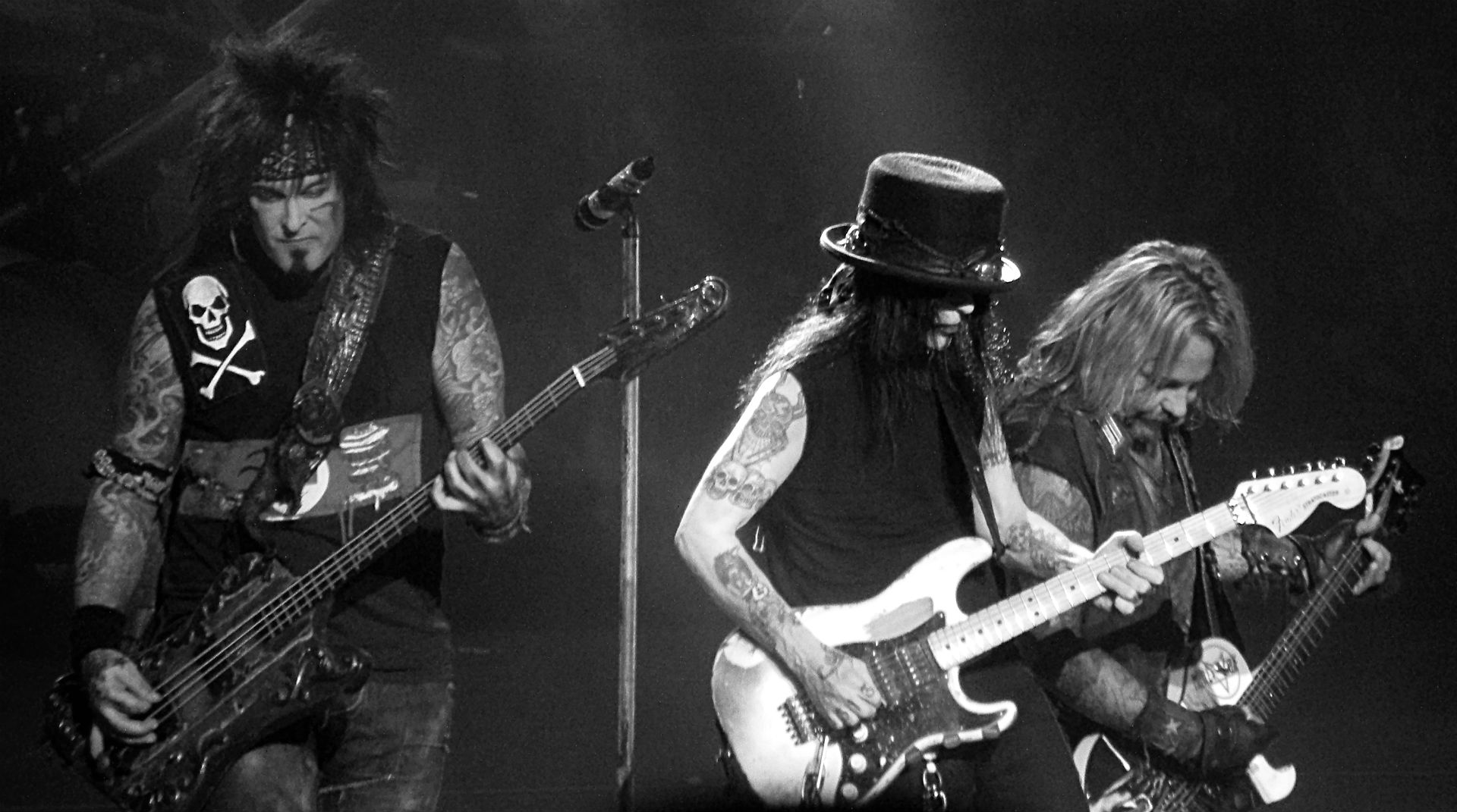 motley crue mobile wallpaper pictures to pin on pinterest