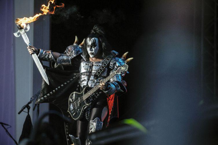 Kiss heavy metal rock bands concert guitar v wallpaper
