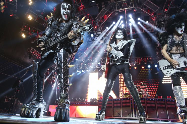 Kiss heavy metal rock bands concert guitar r wallpaper
