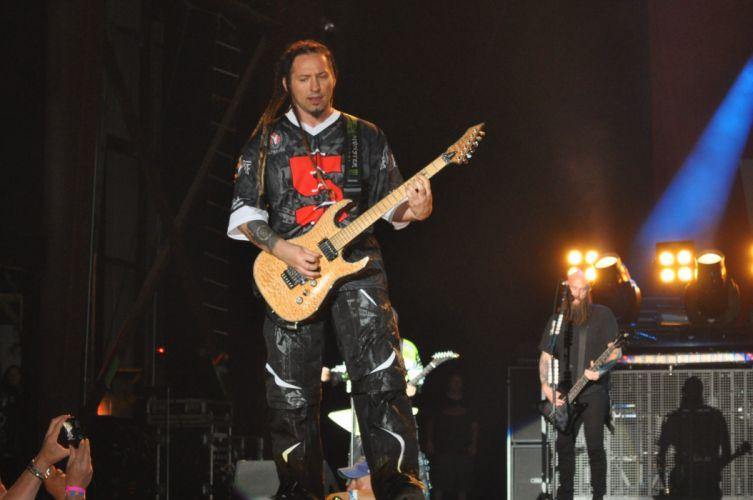 FIVE FINGER DEATH PUNCH heavy metal hard rock bands concert guitar l wallpaper