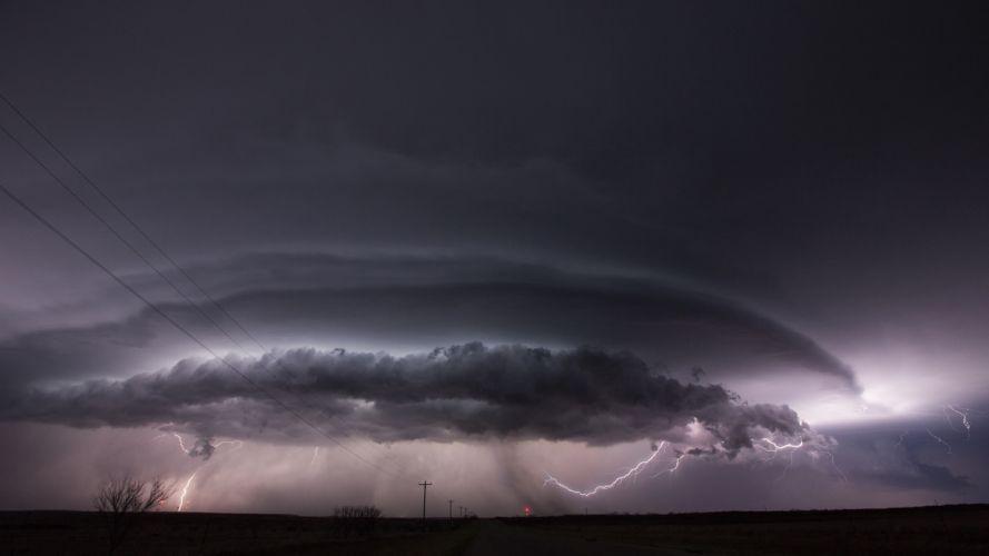 Lightning Storm Clouds wallpaper