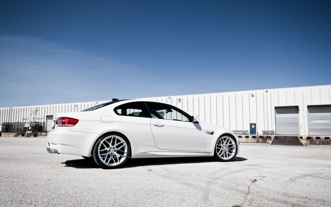 BMW  M3  E92 tuning wallpaper
