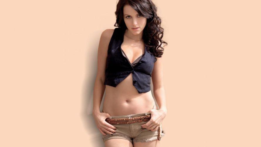 actress celebrity indian bollywood yana gupta wallpaper