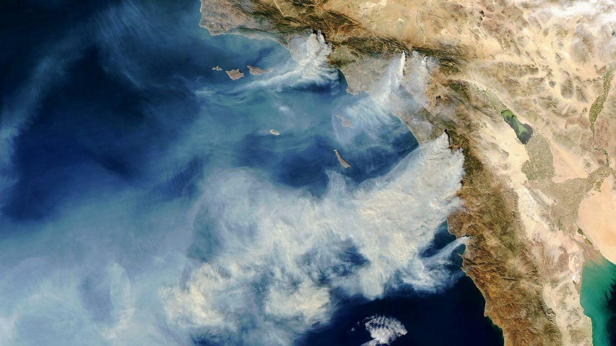 Aerial California Fire Smoke wallpaper