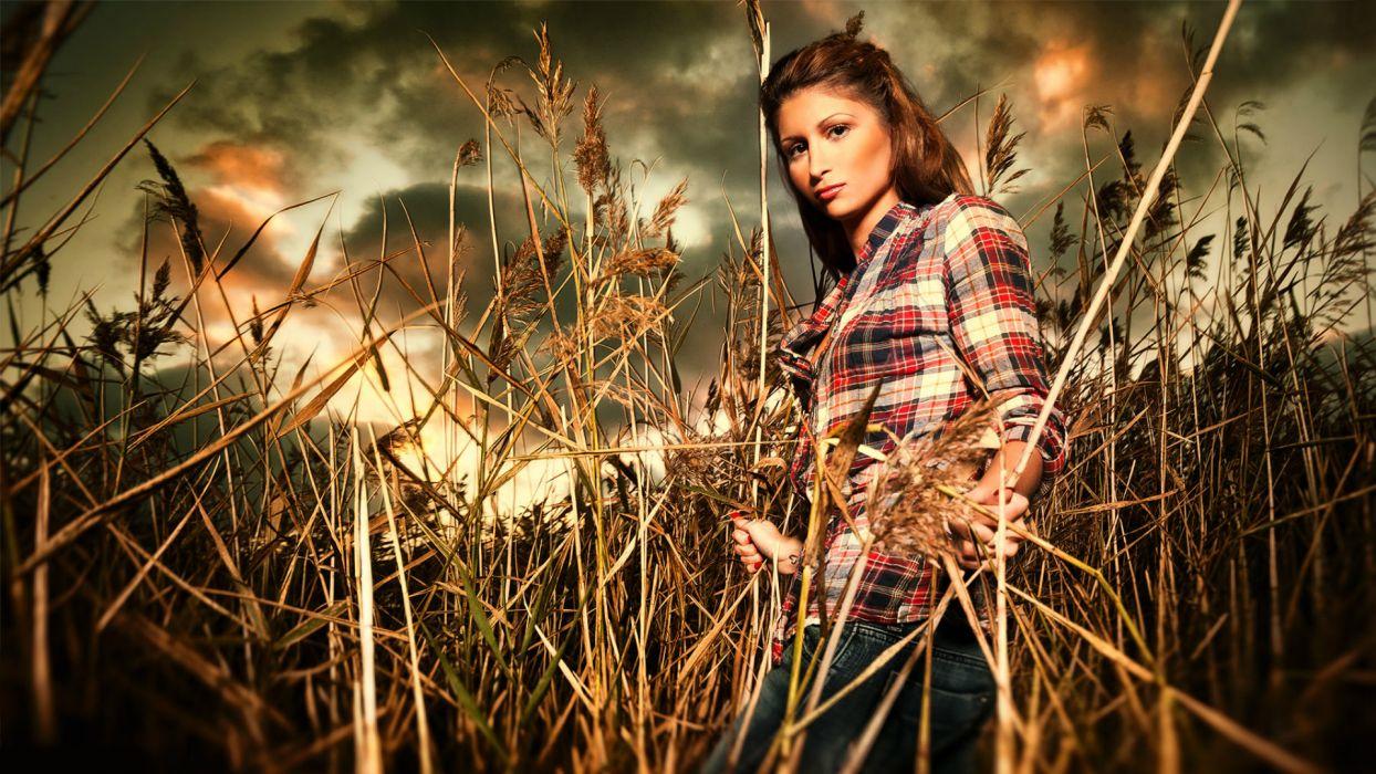 girl  model  girl  field  grass wallpaper