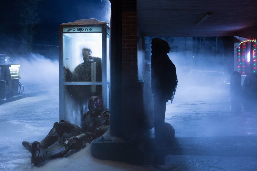 Iron Man Snow Phone Booth Phone Suit wallpaper