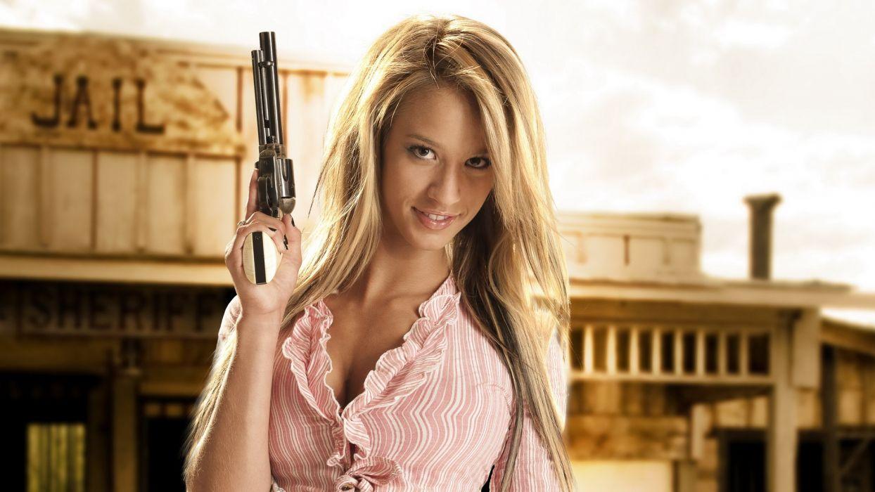 Revolver Blonde Paige Wyatt wallpaper