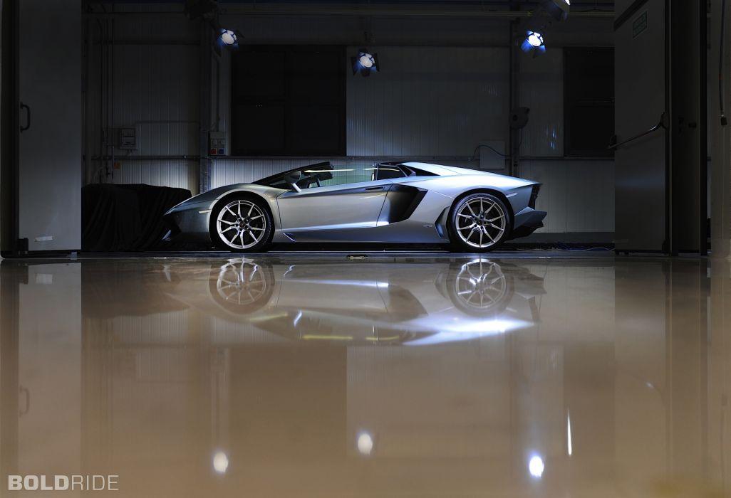 Roadster 2013 Lamborghini Aventador LP700-4 supercar supercars        b wallpaper