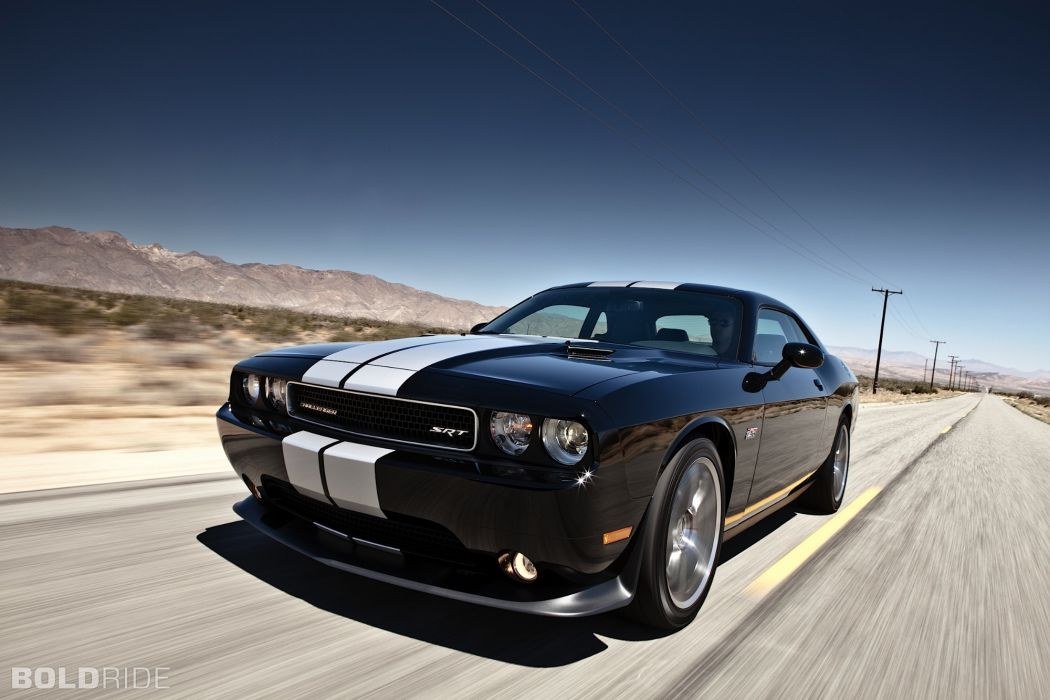 SRT8 2012 Dodge Challenger 392         f wallpaper
