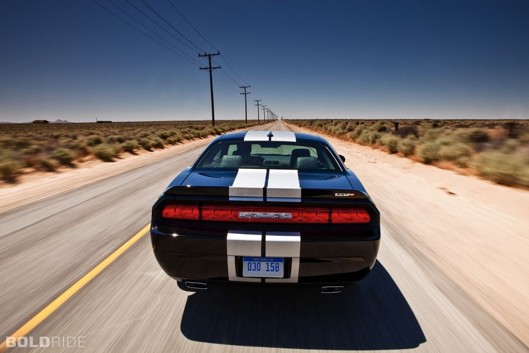 SRT8 2012 Dodge Challenger 392        t wallpaper
