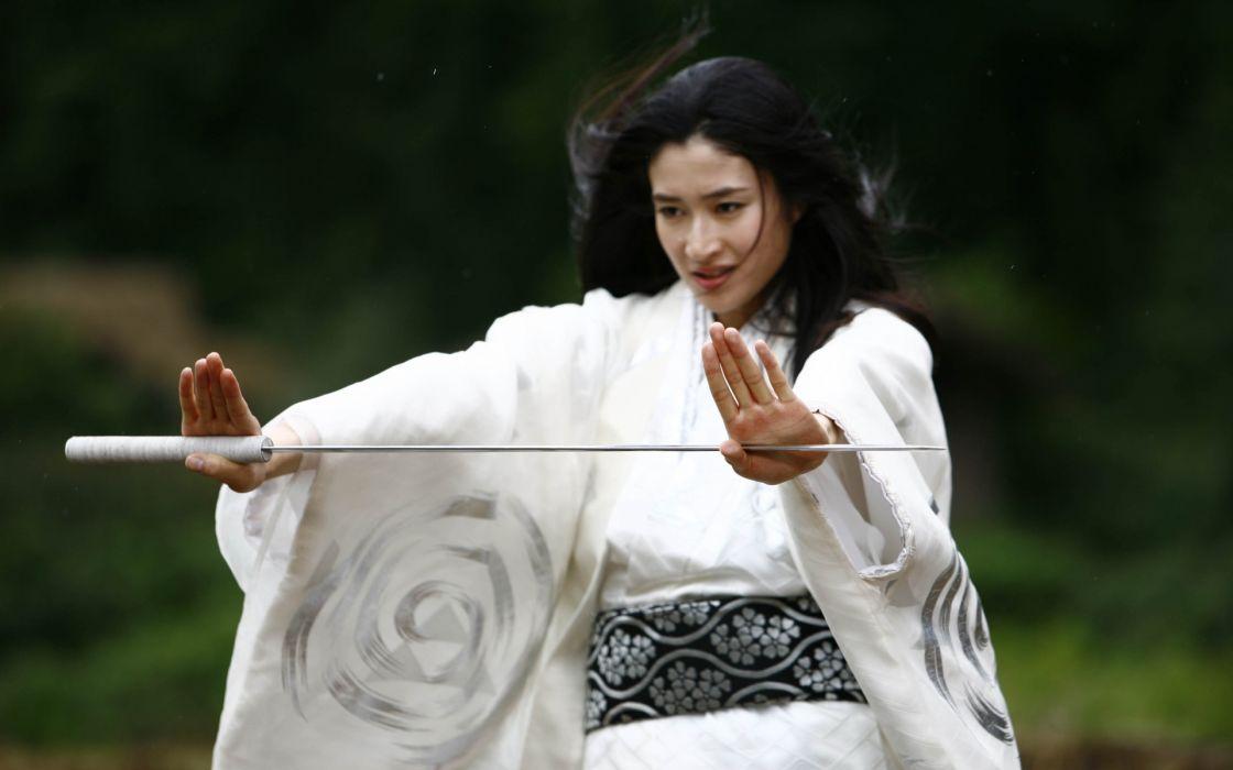 women katana kimono asians koyuki japanese clothes girls with swords wide sleeves Hot Girls wallpaper