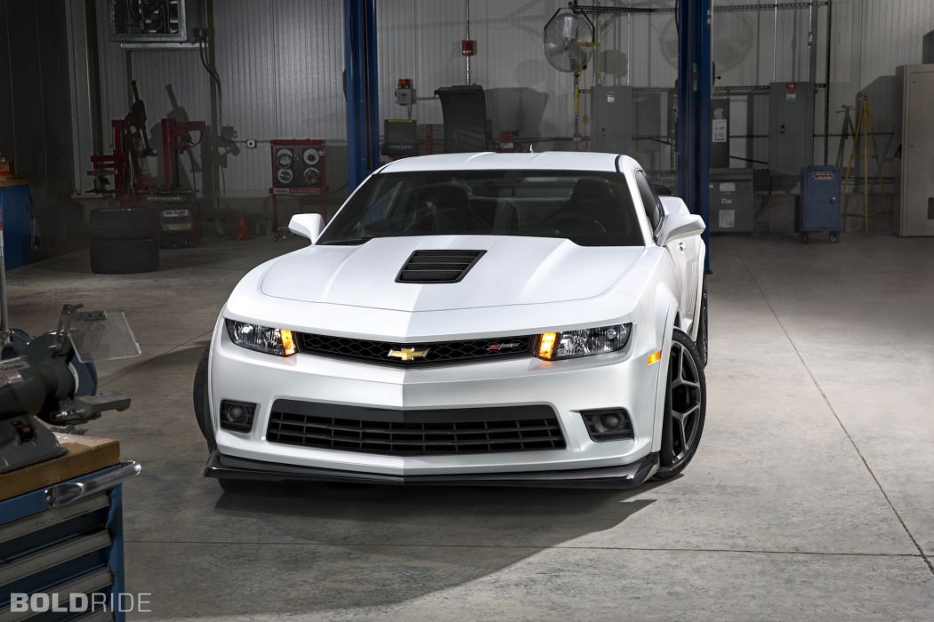 2014 Chevrolet Camaro Z-28 muscle cars      d wallpaper