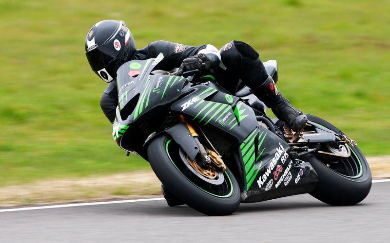 Kawasaki ZX-R sportbike racing wallpaper