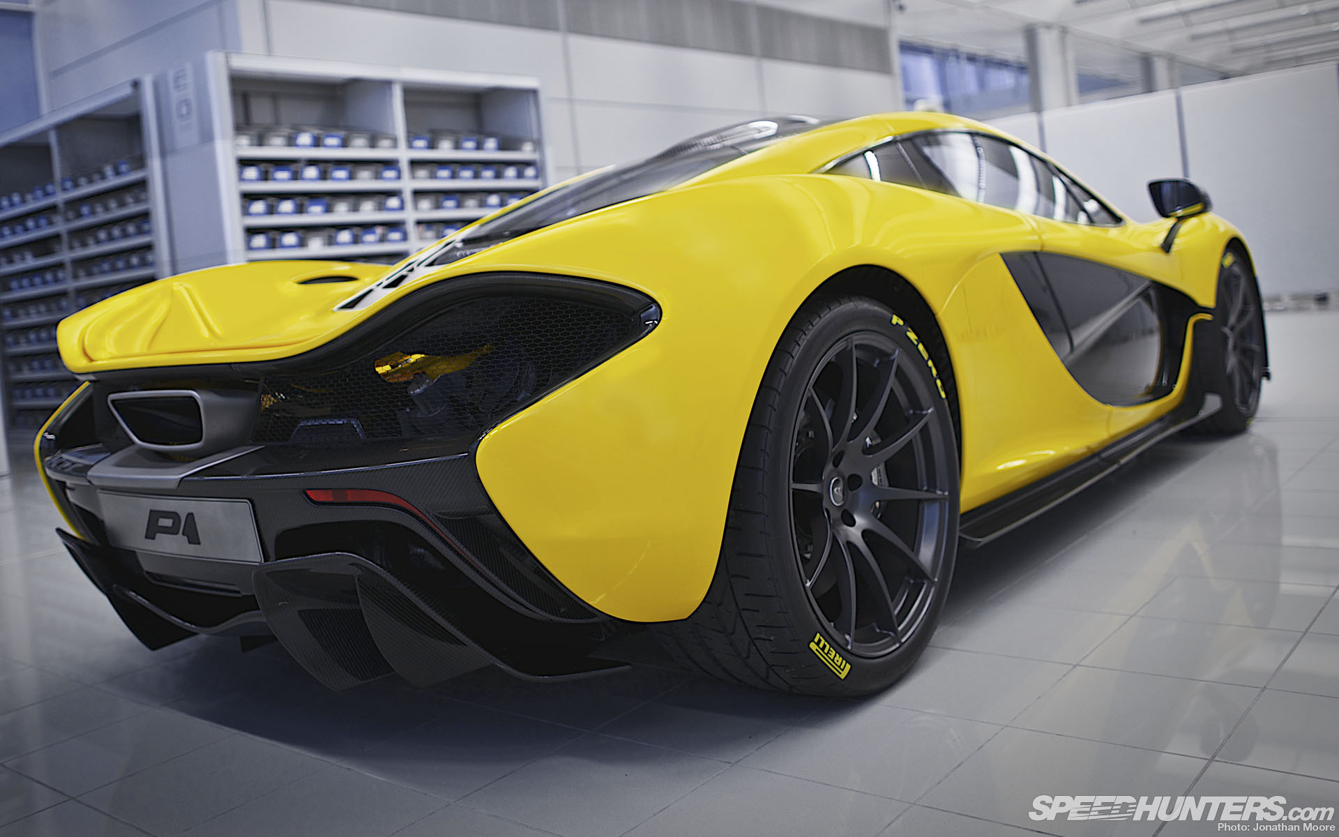 Mclaren P1 Yellow Wall...
