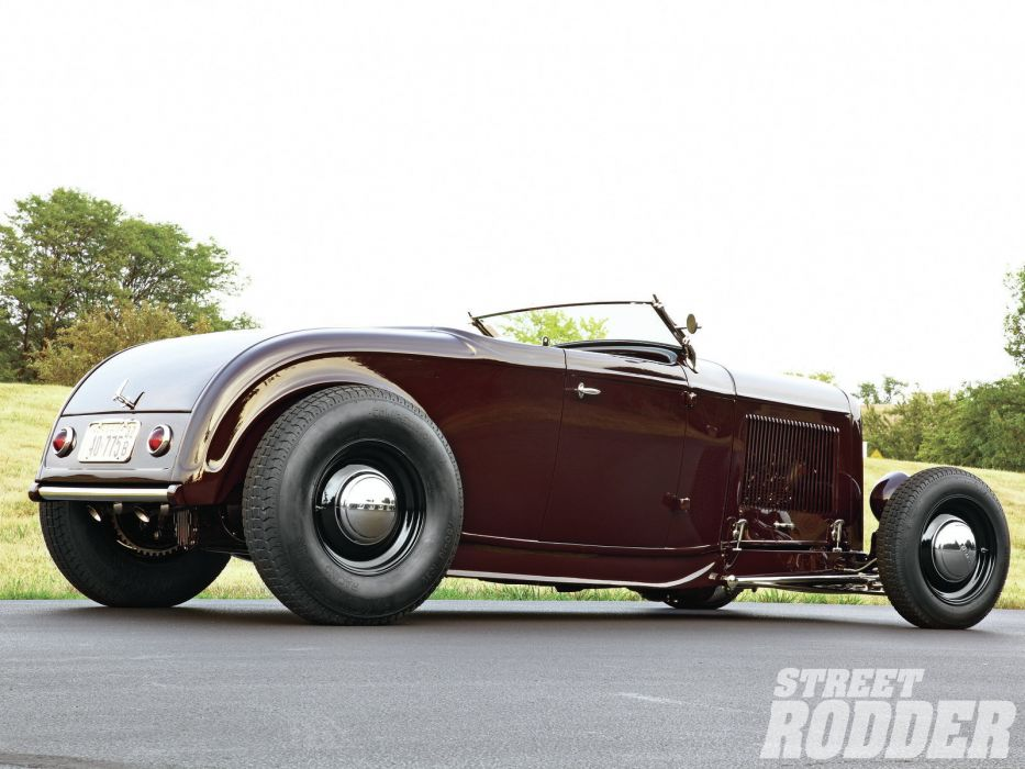 1932 Ford Roadster hot rod rods retro    r wallpaper