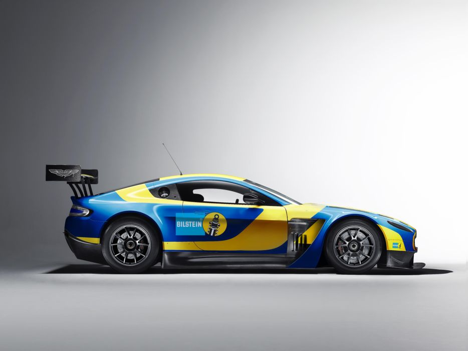 2013 Aston Martin V12 Vantage GT3 racing race    d wallpaper