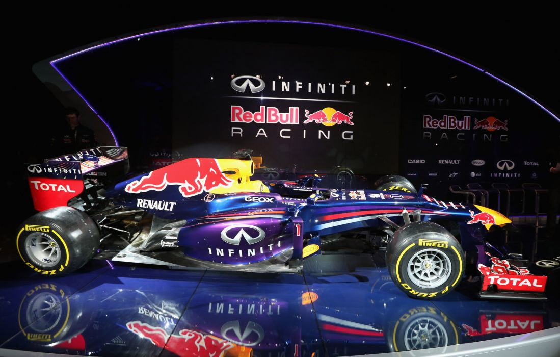 Infiniti Red Bull Racing RB9 race     q wallpaper