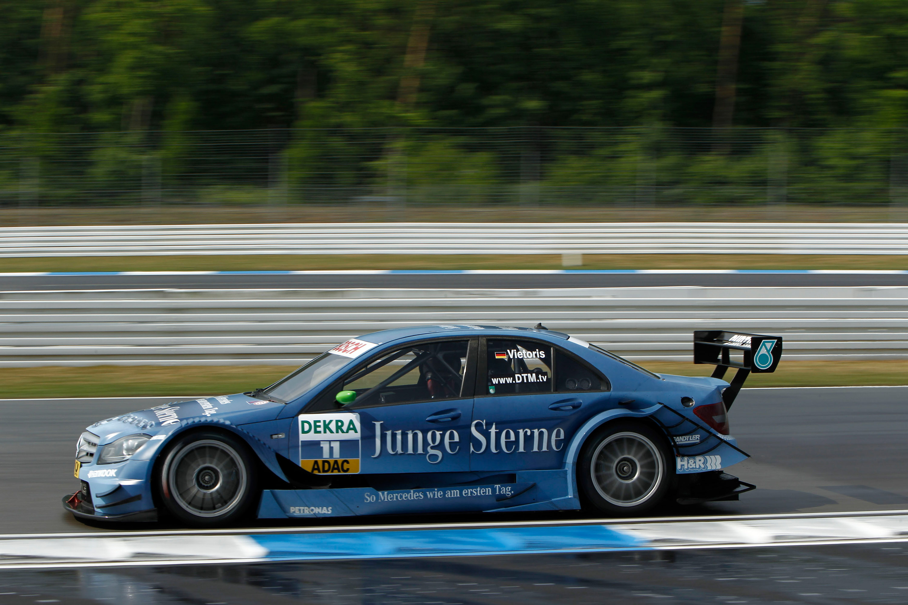 2011 dtm mercedes benz bank amg c class race racing w for Mercedes benz race