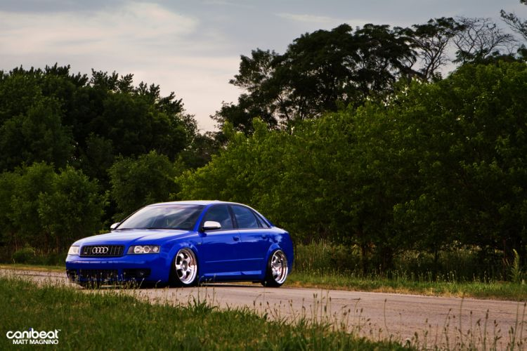 Audi S-4 tuning stance o wallpaper
