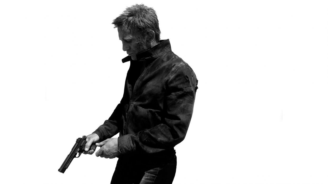 James Bond 007 Skyfall White Handgun BW Daniel Craig dark weapons guns wallpaper