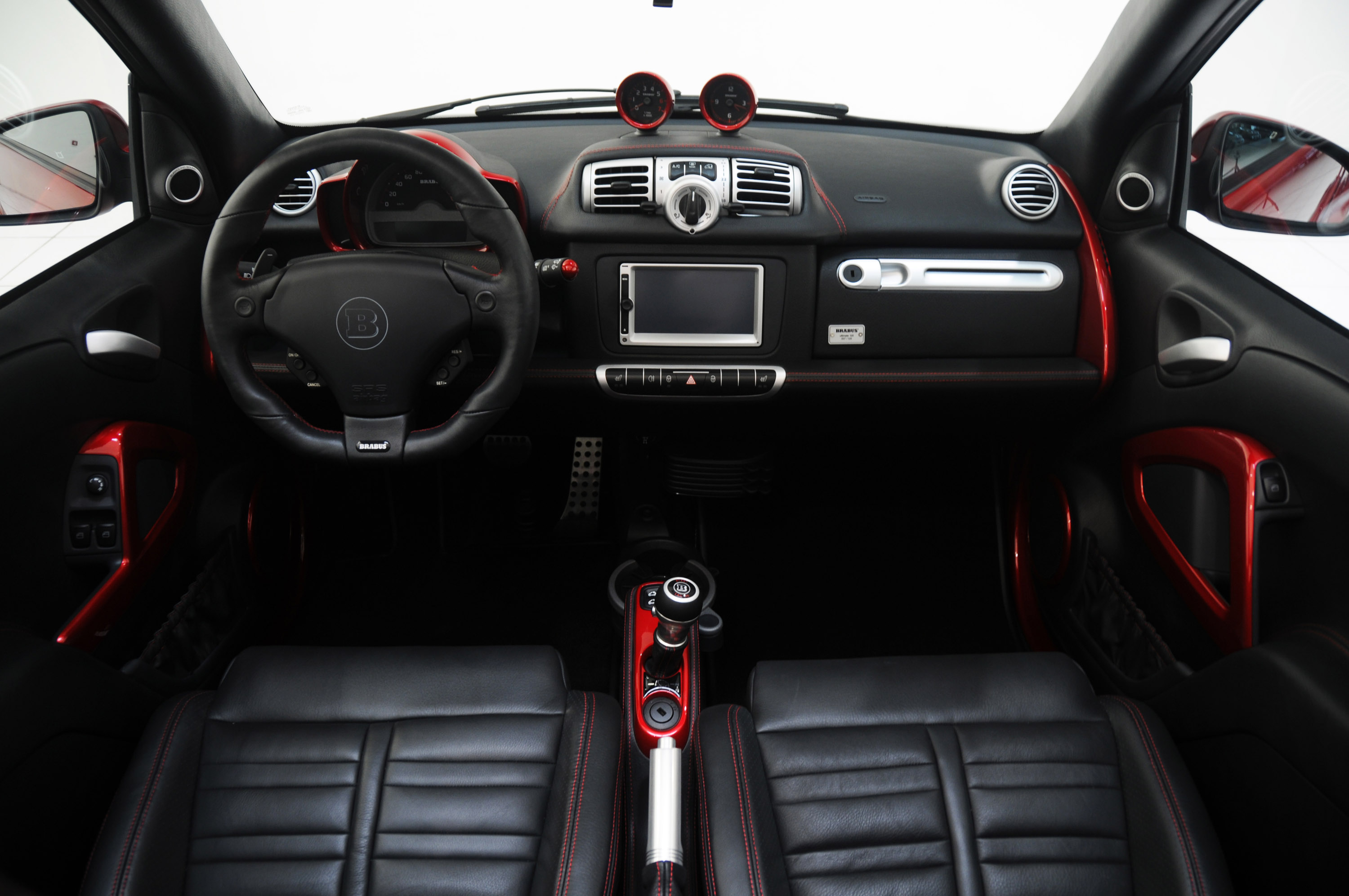 2012 brabus smart fortwo ultimate 120 cabrio tuning for Auto interieur tuning